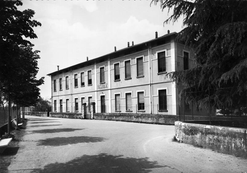 esterno  biblioteca di sulzano